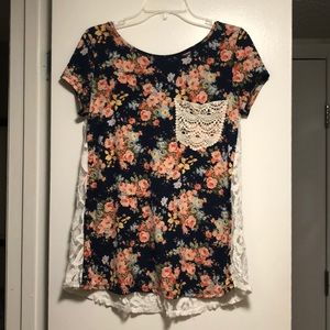 NAVY FLORAL W/ LACE POCKET AND BACK TOP